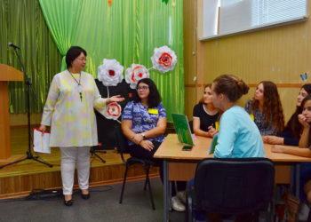 Розпочався Тиждень до Дня працівників освіти - студенти зустрілись у кав'ярні знань
